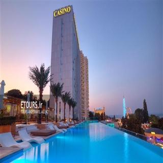 هتل بینالمللی و تاور سوئیت وارنا